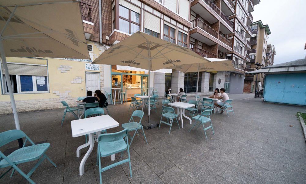 El Pleno aprueba las bonificaciones del 100% en las tasas de terrazas y basuras de la hostelería